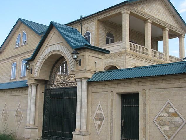 Фасад из ракушечника