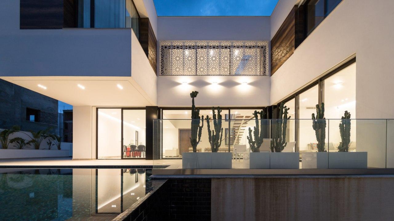 фасад минимализм ночь